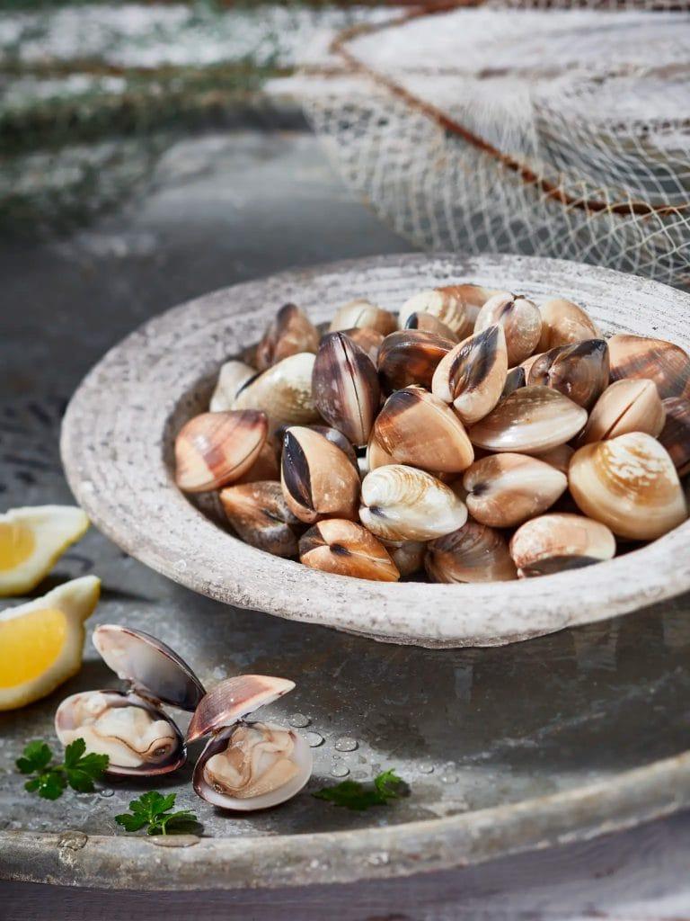 fotografo food commerciale liguria adriatico pesce vongole del pacifico pescato fresco friuli venezia giulia veneto