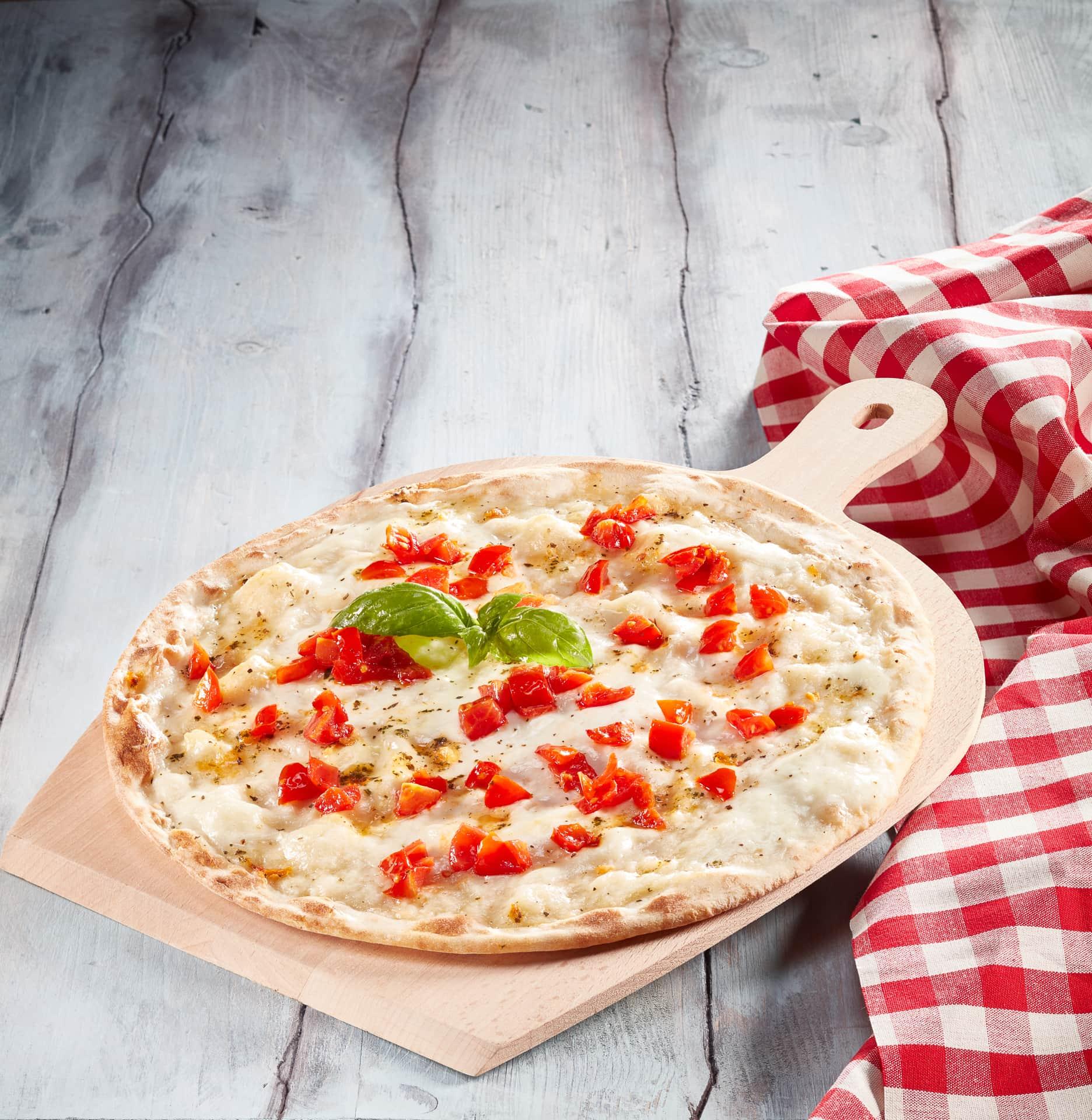 CUCINA DELLE FOTO Ffotografo food commerciale milano roma pizza burrata per packaging