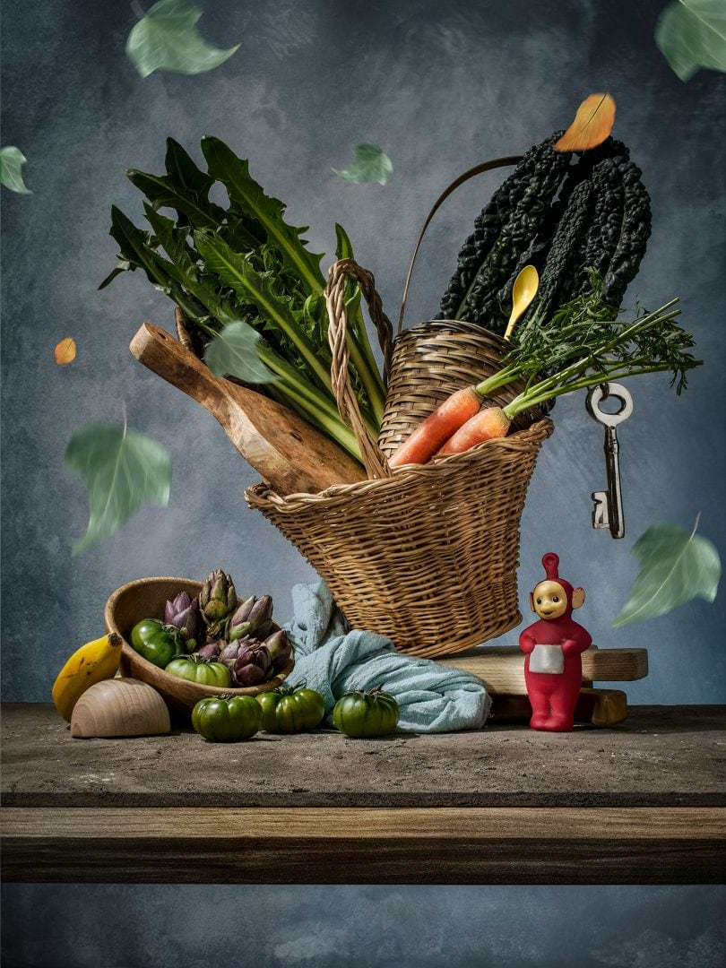 Award winning fine art photographer - food photography - Modern Old Veggy - verdure - Vegetarian - teletubbies - carciofi - pomodori - carote - cavolo - banana - conceptual - Roma - Napoli - Milano - Paris - london